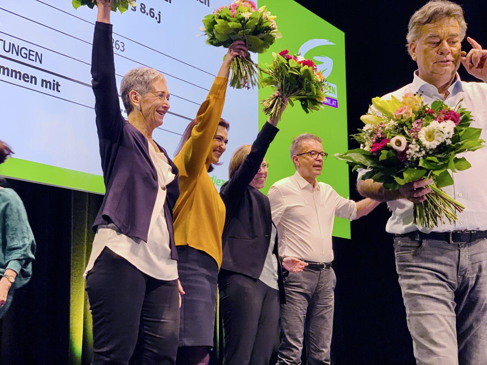 Ulrike Lunacek, Alma Zadie, Leonore Gewessler, Rudi Anschober und Werner Kogler beim Grünen Bundeskongress